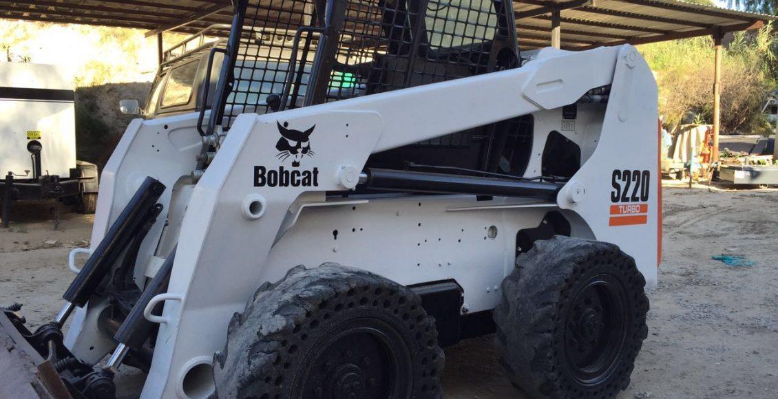 Maquina Minificador BOBCAT S220